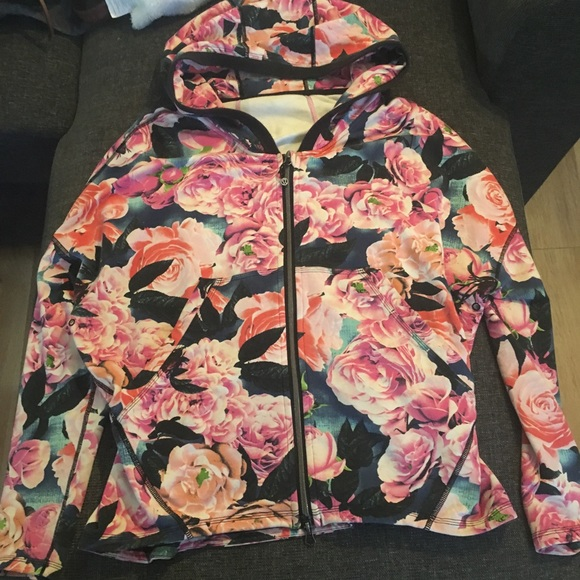 Lululemon Hold Your Om Secret Garden hoodie